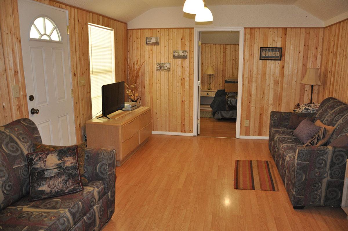 cascade-creek-livingroom