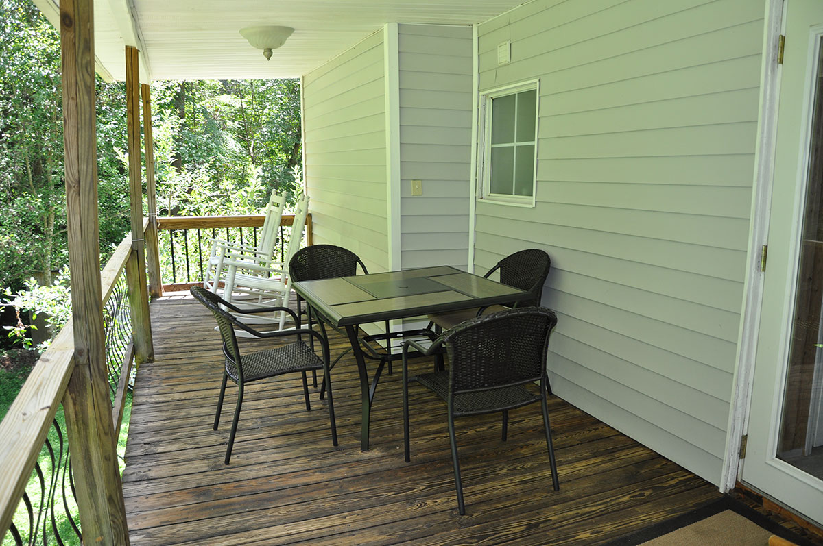 cascade-creek-porch