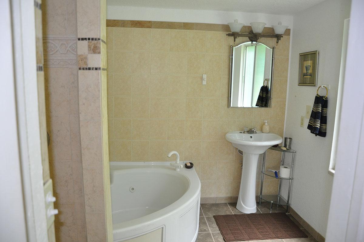 cascade-creek-bathroom